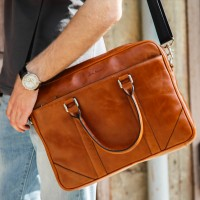 Stylish men's leather bag