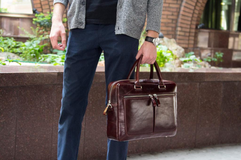bdedb8f667ef Мужские сумки 2018: стили, мода, актуальные тенденции - Issa Hara